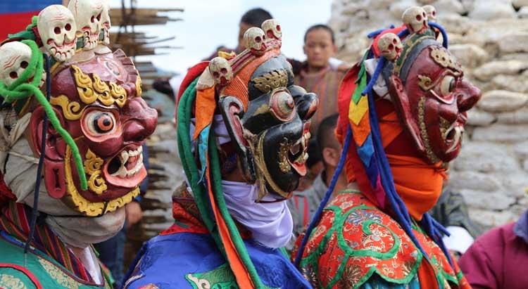 Mask Dance preparation