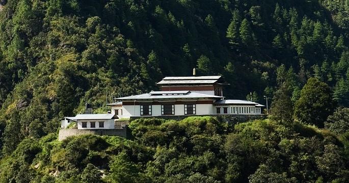 Trashi-Yangtse-Dzong-Bhutan(1)